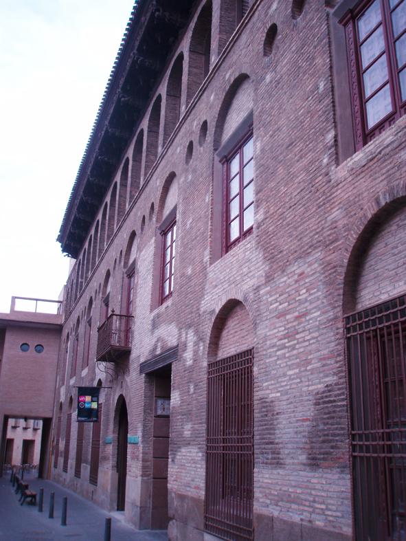Fachada del palacio Marques de San Adrián